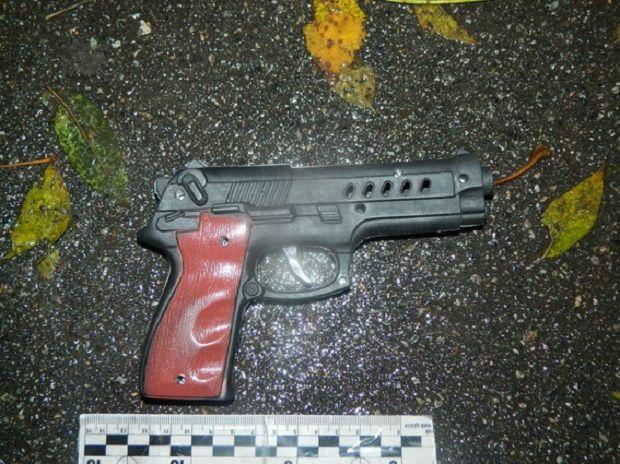 У Києві затримали грабіжника з іграшковим пістолетом / Фото npu.gov.ua