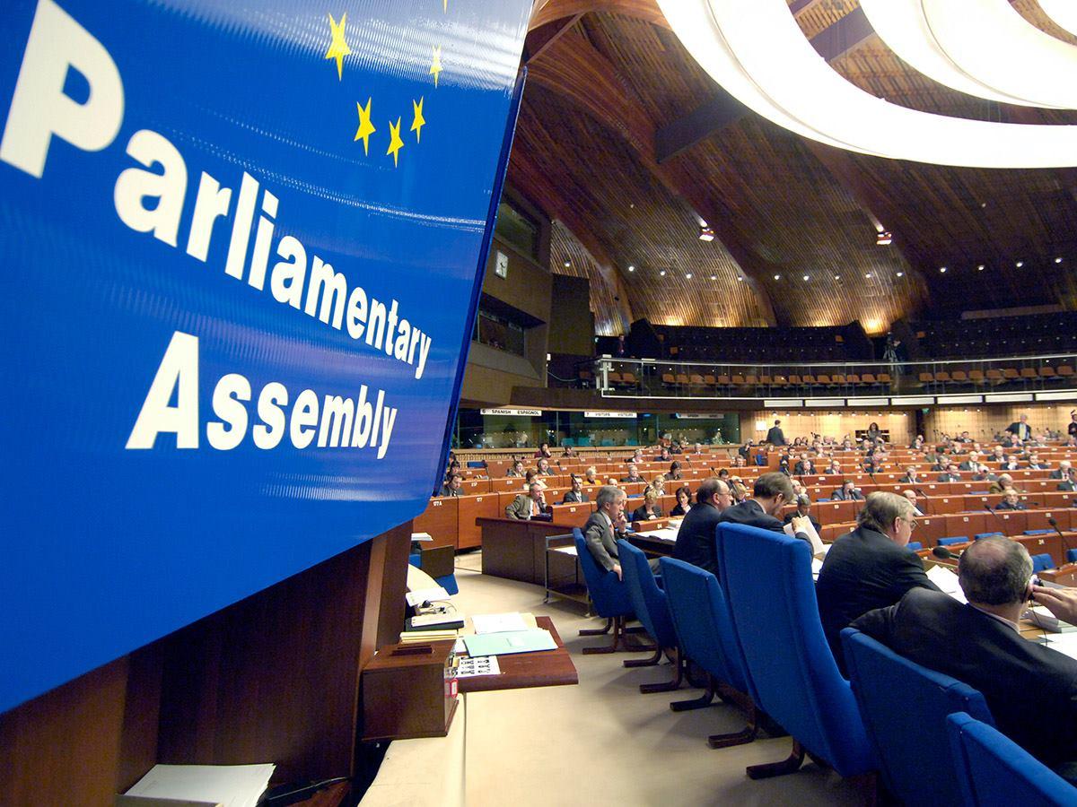 25 сентября президент Петр Порошенко подписал закон