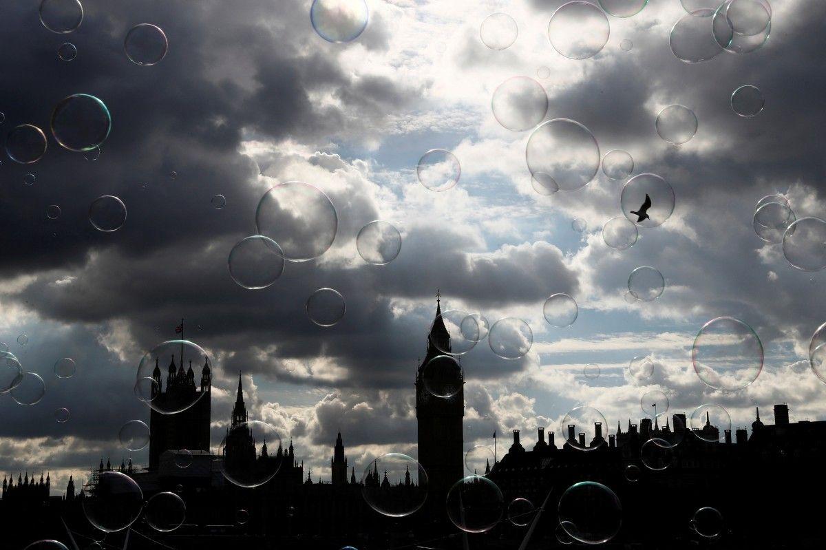Парламент в Лондоне / REUTERS