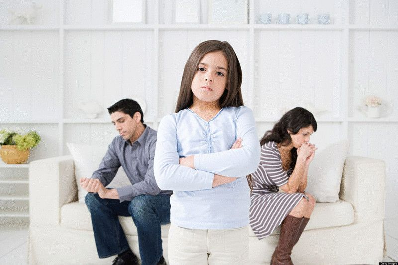 Мужчины и женщины после развода одинаково нарушают право ребенка видеться с одним из родителей / фото VL.ru