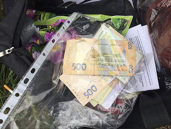 Чоловік та дружина друкували фальшивки номіналом 500 гривень, не виходячи з дому / dp.npu.gov.ua