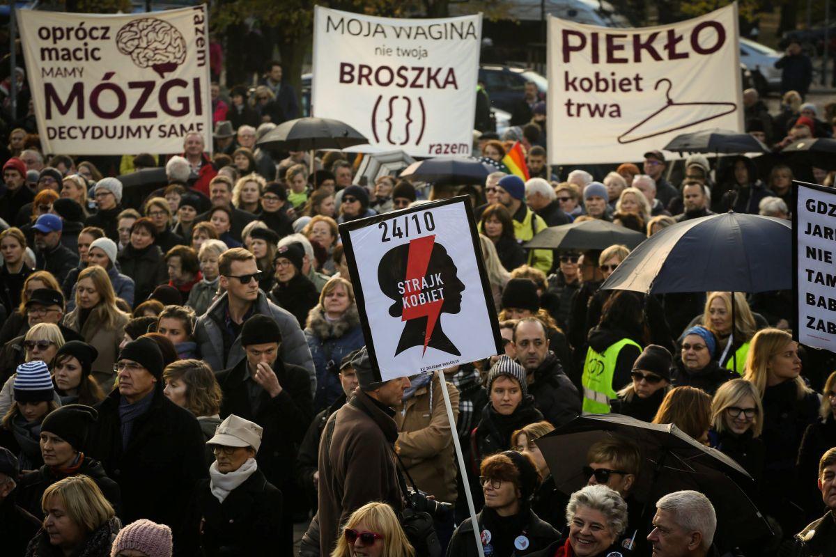 Протесты в Польше / REUTERS