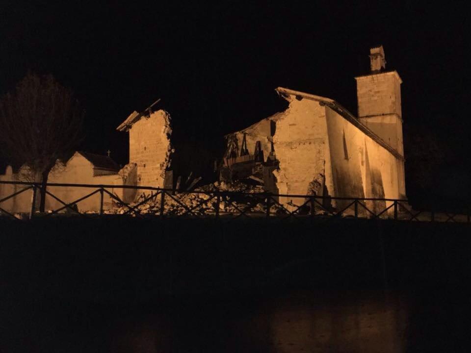 Наслідки землетрусу в Італії / twitter.com @SBoldrini68