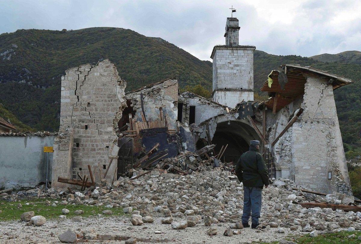 Наслідки землетрусу в Італії / REUTERS