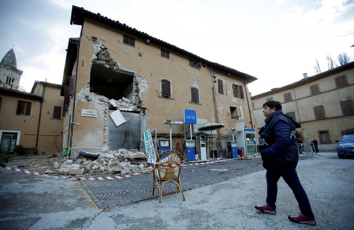 Последствия землетрясения в Италии / REUTERS