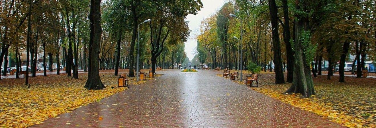 В Україні сьогодні місцями пройдуть дощі, на півдні до +21° (карта)