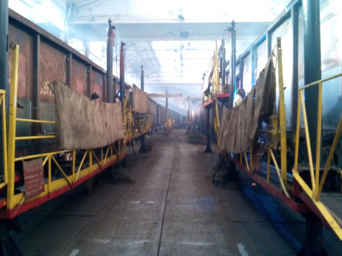 Дарницкий вагоноремонтный завод / Фото УНИАН