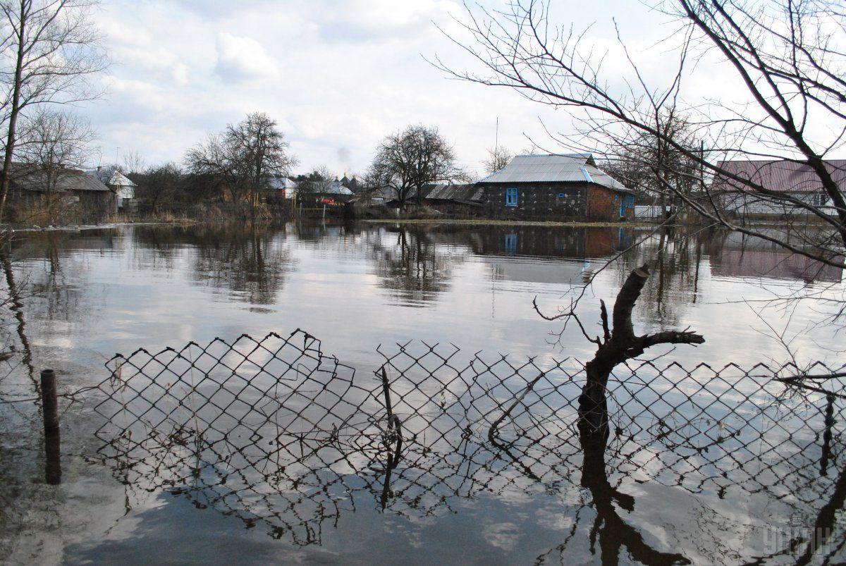На заході України очікується підвищення рівнів води у річках / УНІАН
