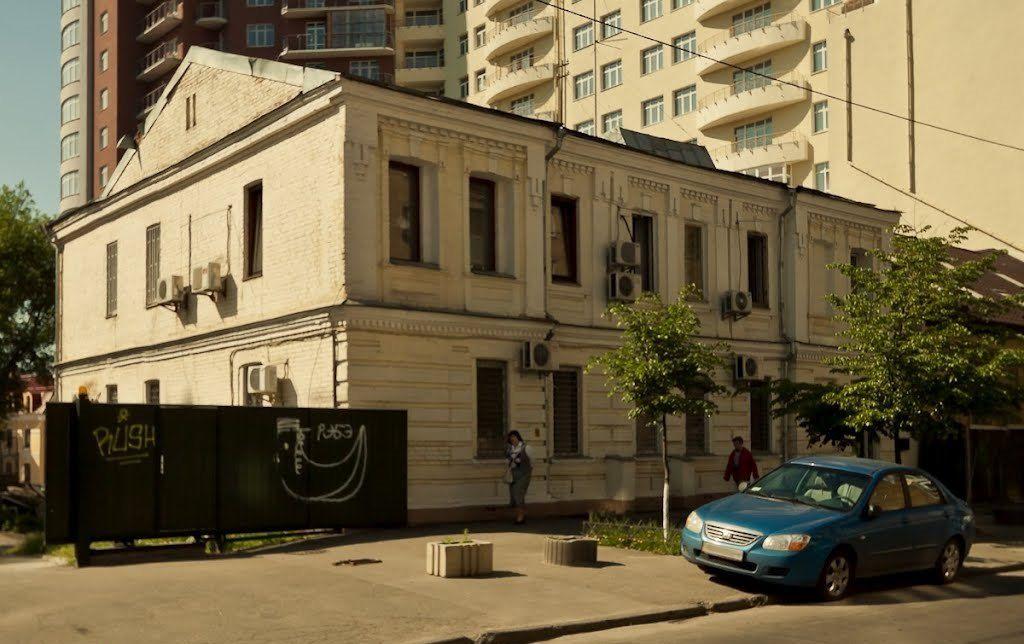 Экс-депутат: В этом квартале от исторической застройки уже скоро ничего не останется / Фото Sergey UA