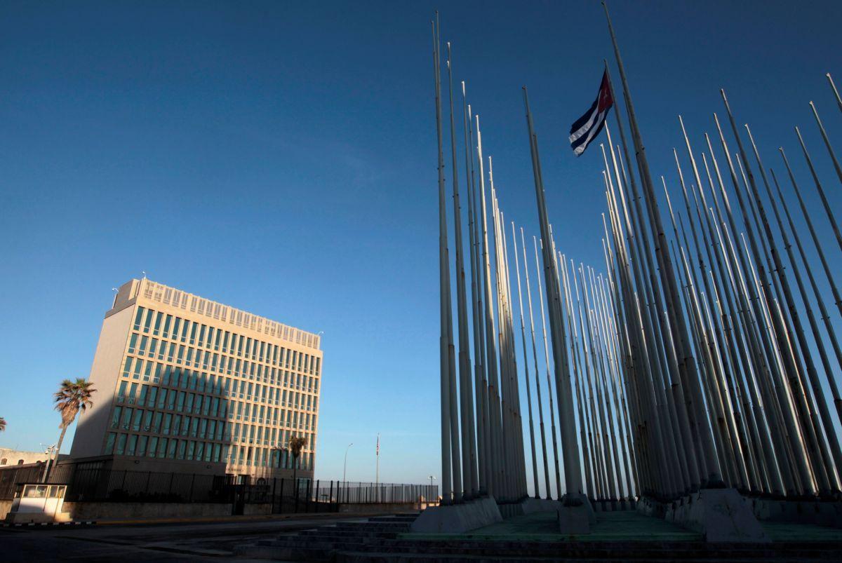 Посольство США в Гаване / REUTERS