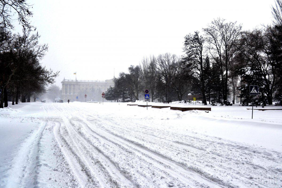 В Украине местами намело более 20 см снега / УНИАН