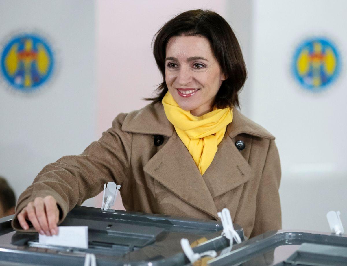 Майя Санду поздравила Зеленского с результатами парламентских выборов / REUTERS