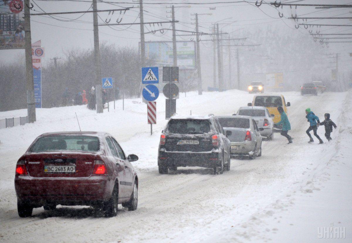 На автошляхах України очікуються опади / УНІАН