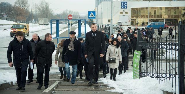 Кличко возле МВЦ / Фото kievcity.gov.ua