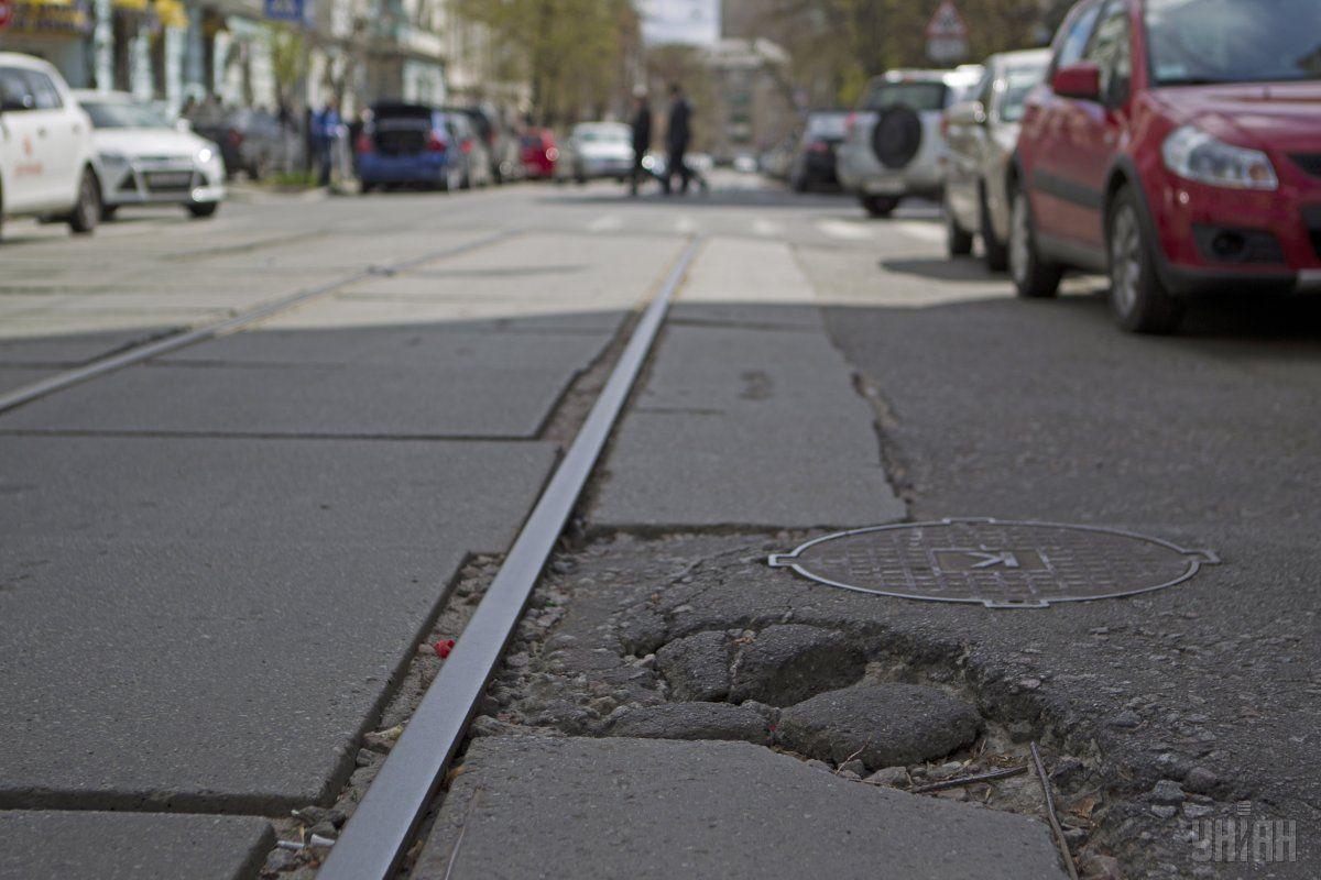 Речь идет о контроле качества и мониторинге состояния дорог / Фото УНИАН Владимир Гонтар