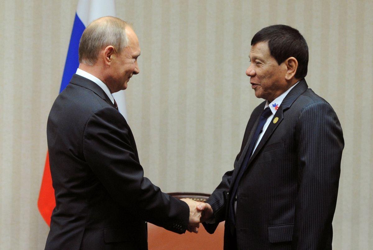 Дутерте обіцяв випробувати на собі вакцину Путіна/ REUTERS