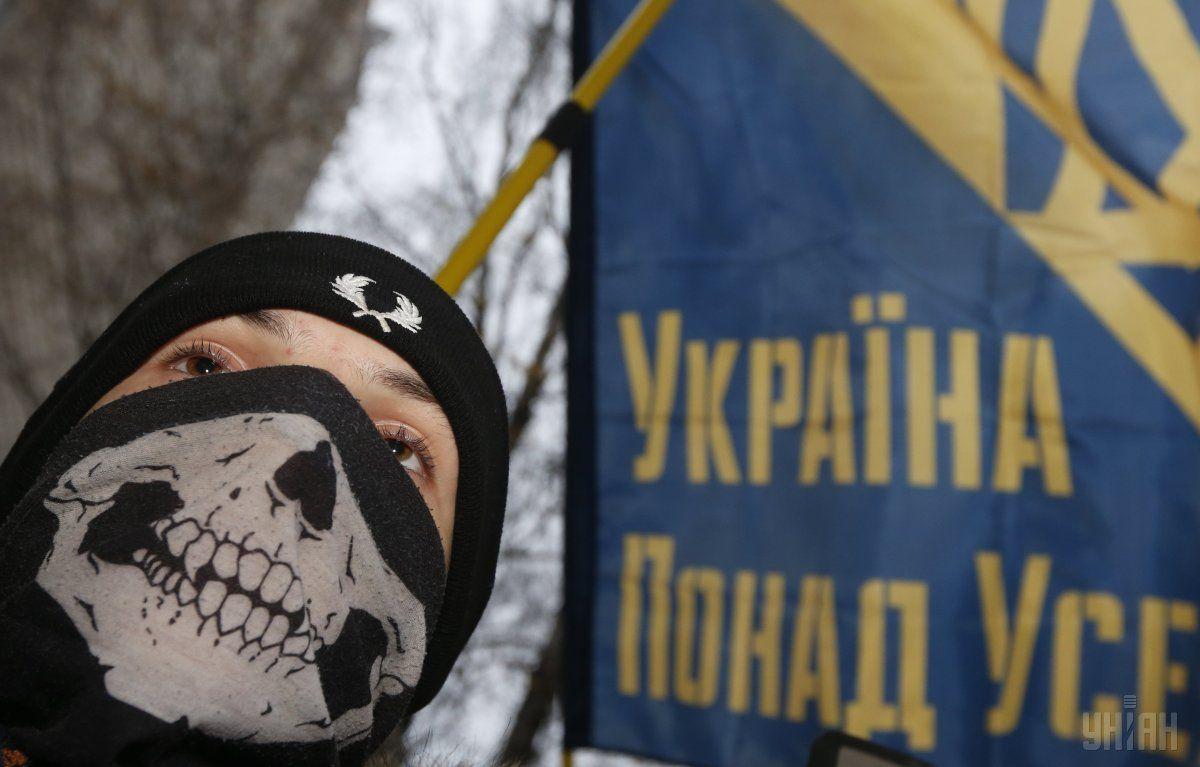 Суд позволил заочное следствие вотношении экс-министра Захарченко