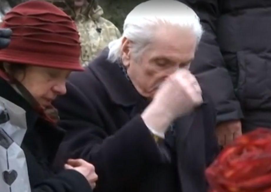 Героїв вшанували спільною екуменічною молитвою в центрі міста / СкрІншот