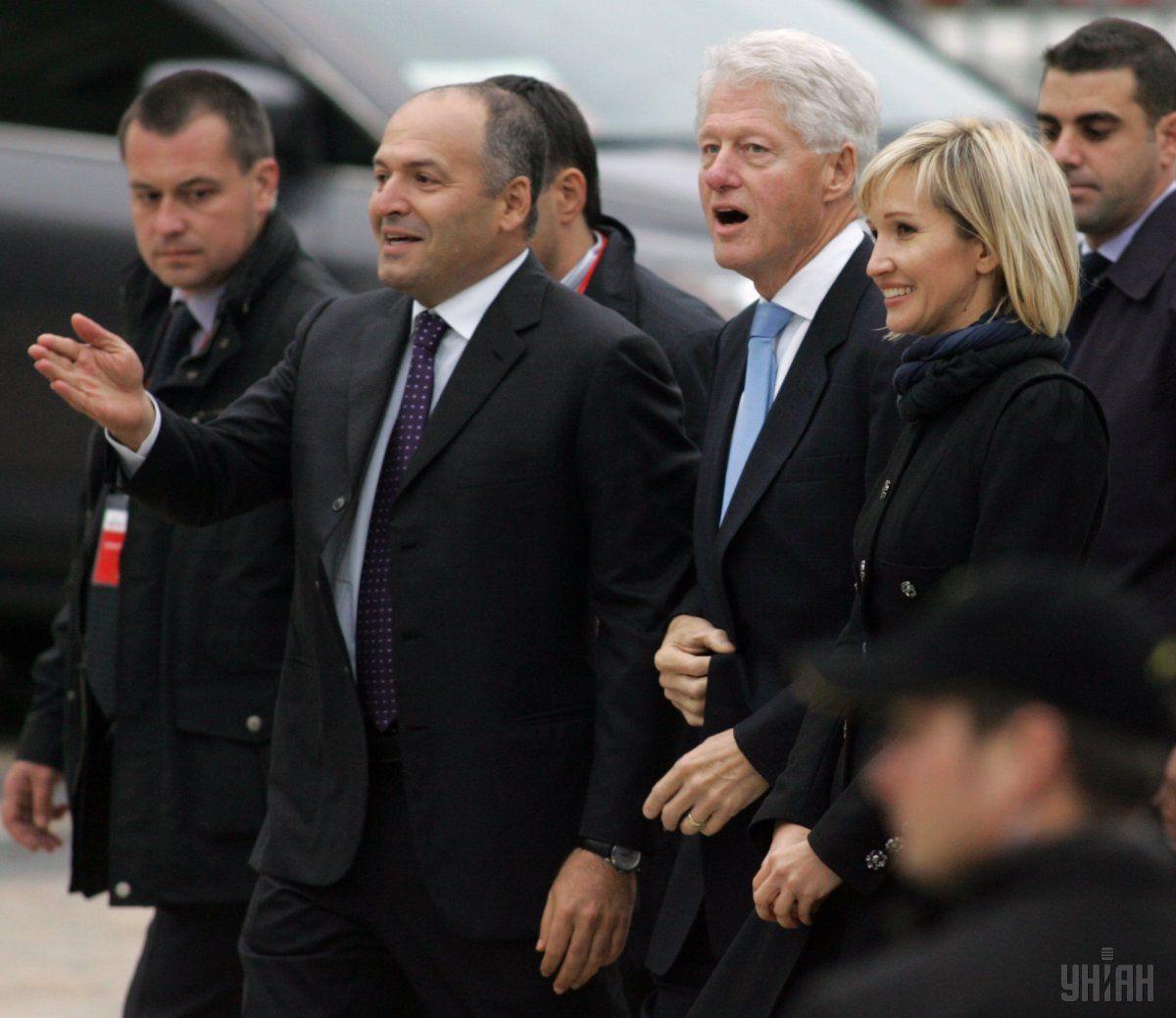 У 2010 році Білл Клінтон відвідав Україну / Фото УНІАН