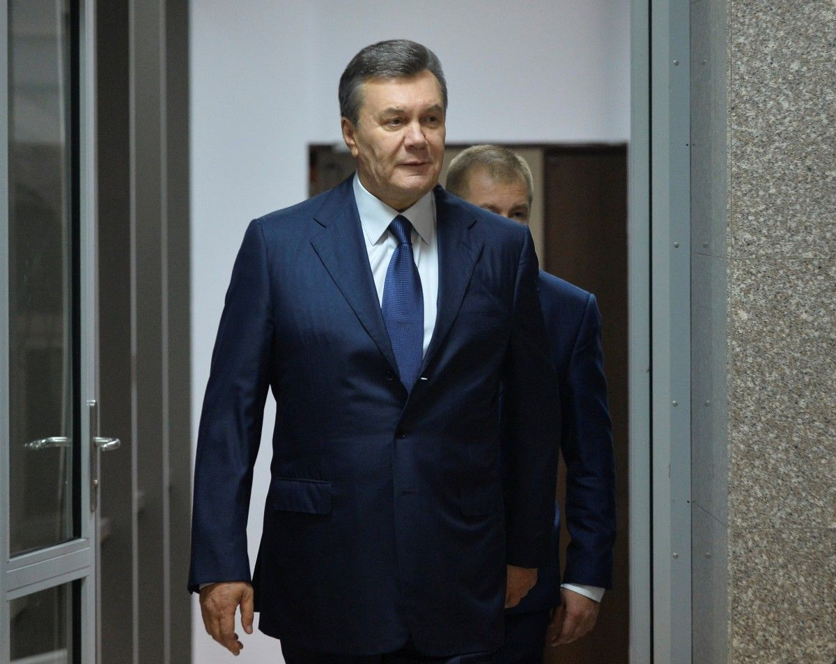 Віктор Янукович після засідання суду / Фото REUTERS