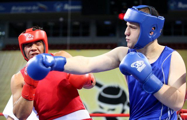 Украинцы завоевали две медали молодежного ЧМ / eubcboxing.org