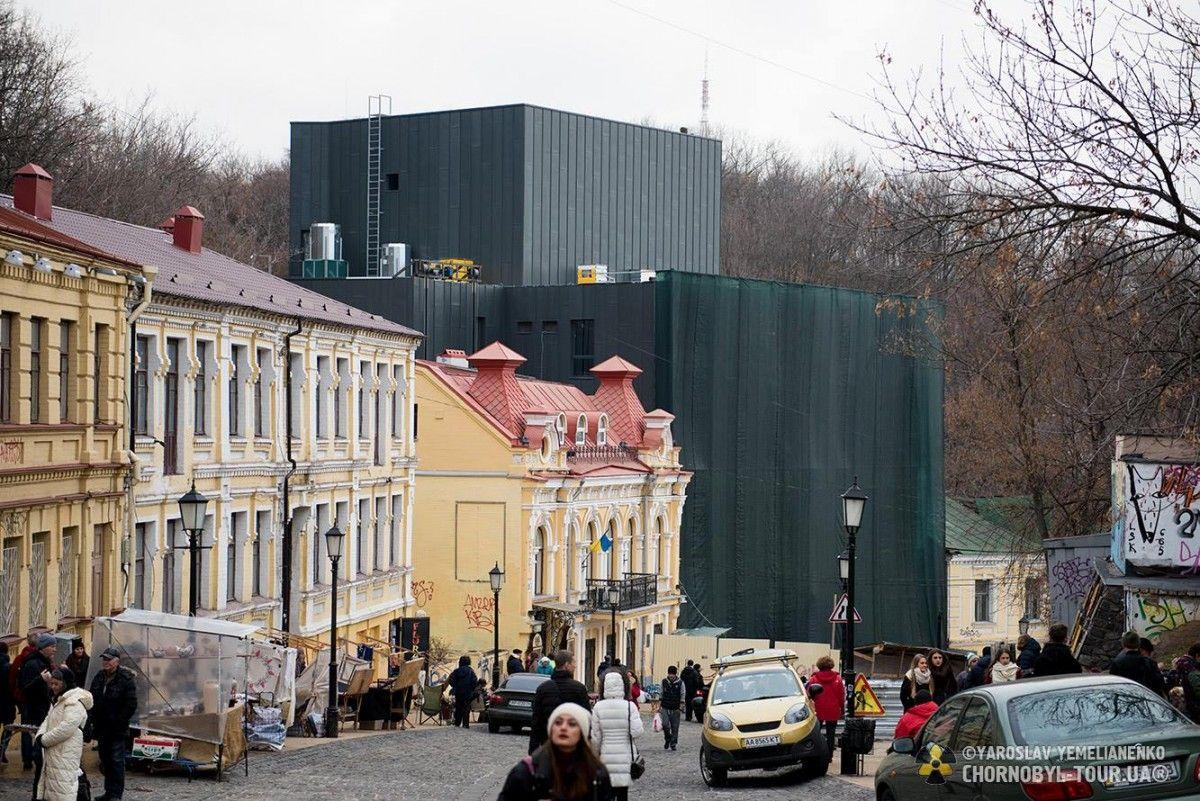 Новое здание театра на Подоле / Ярослав Емельяненко