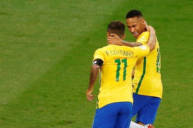 Лидеры сборной Бразилии Коутиньо и Неймар / Reuters