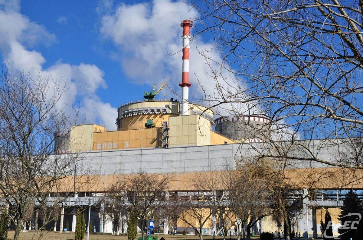 Станом на 8.30 25 травня в роботі перебувають три енергоблоки Рівненської АЕС / РАЕС