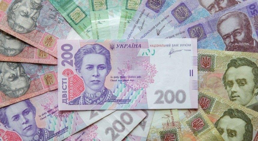 Доллар выше 28, евро более 33 – новые курсы гривни от Нацбанка