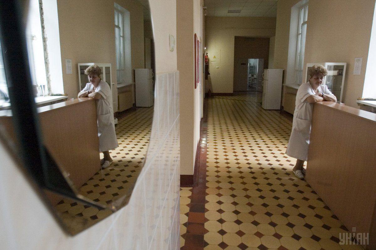 У мужчины одышка и сухой кашель / фото УНИАН