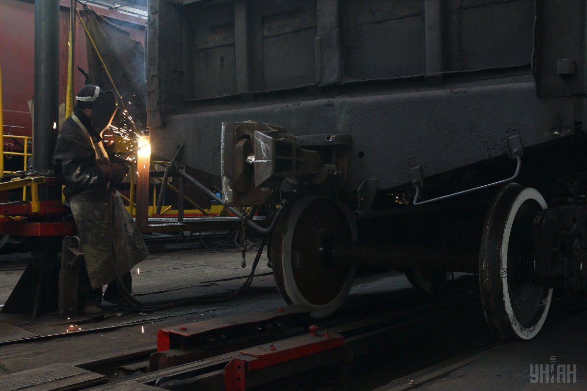 Підприємство з початку року збільшив випуск вантажних вагонів до 2314 штук / фото УНІАН