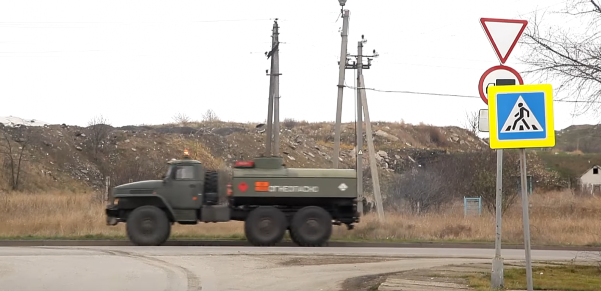 One of the vehicles in a convoy spotted in the occupied Kerch / Screenshot