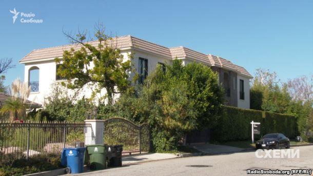 Будинок у Лос-Анджелесі, де відпочиває дружина Віталія Кличка / radiosvoboda.org