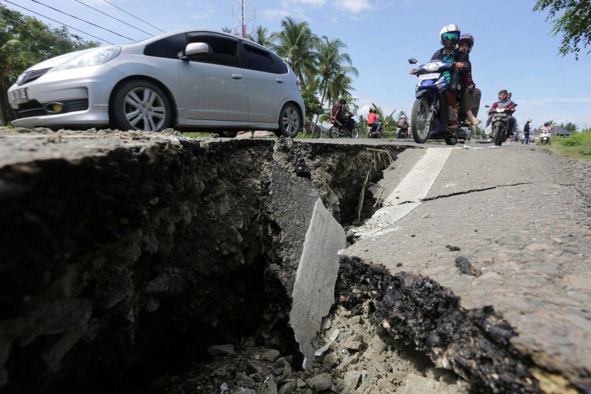 Землетрясение в индонезии \ REUTERS