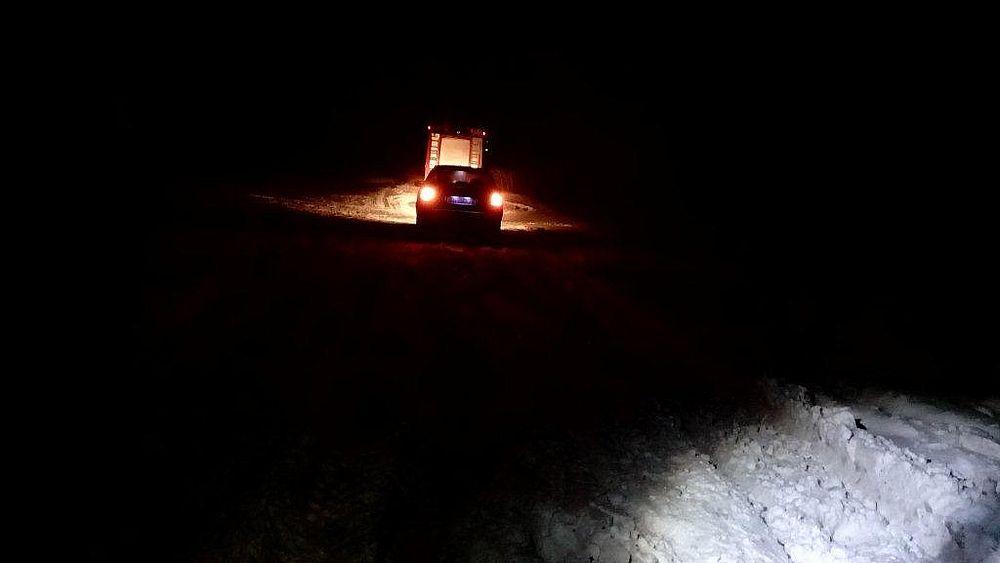 У Донецькій області за добу зі снігових заметів вивільнили 78 автомобілів / ДСНС