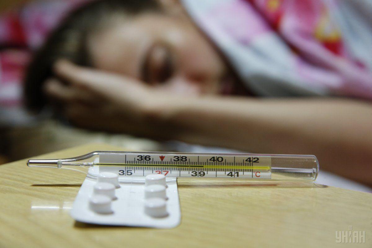 Захворіло 4077 дітей / фото УНІАН