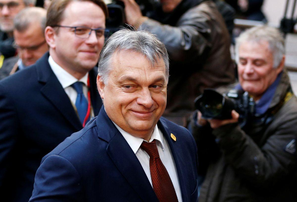 Hungary seeks sanctions against helpers of illegal migration