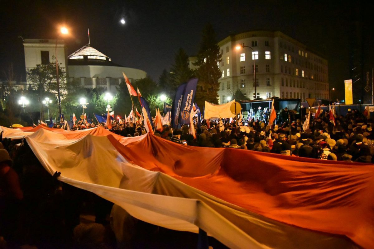 Митинги в Польше / REUTERS
