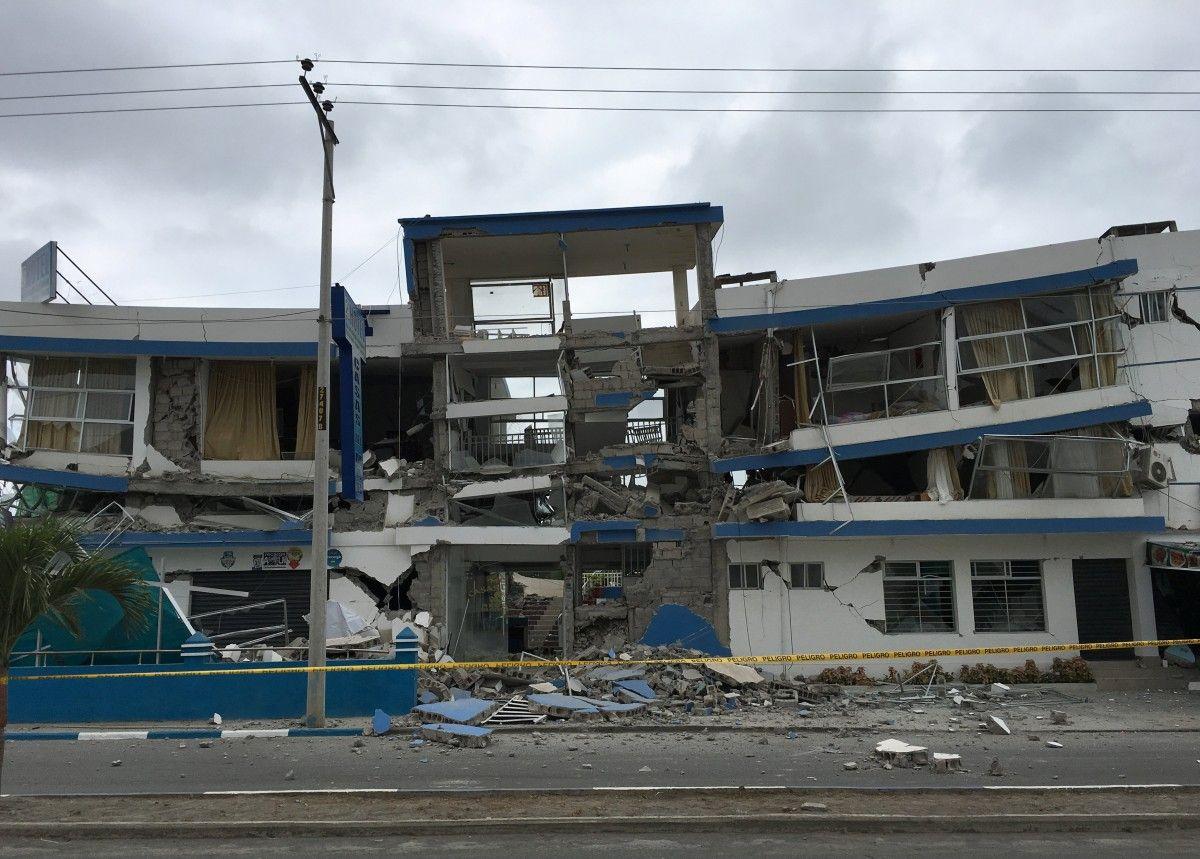 Наслідки землетрусу в Еквадорі / Reuters