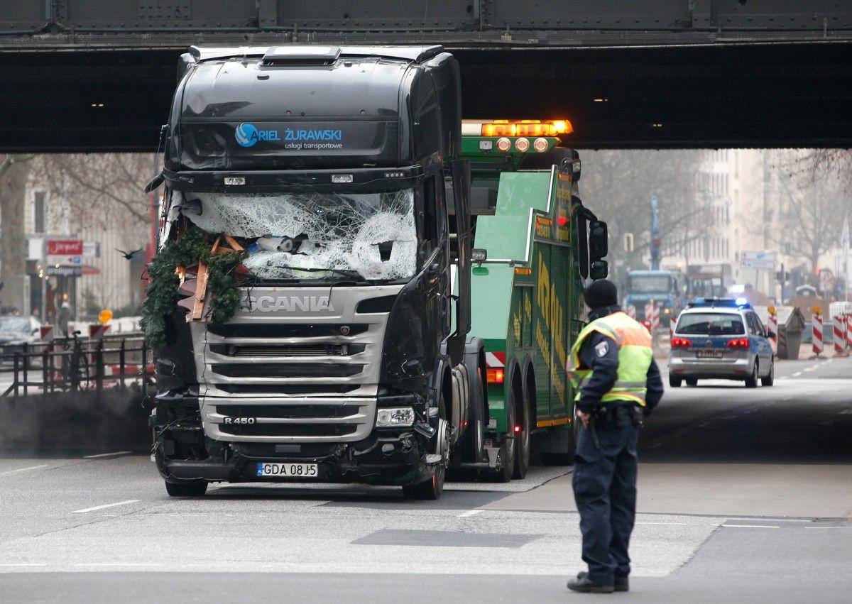 Вантажівка, яка в'їхала у натовп людей у Берліні / REUTERS