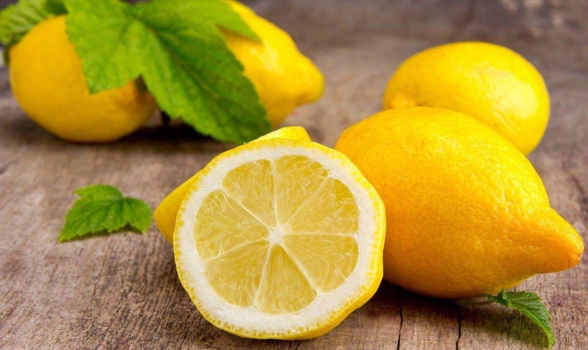 Лимон - обязательная составляющая противовирусной терапии / Фото: vegafood.com.ua