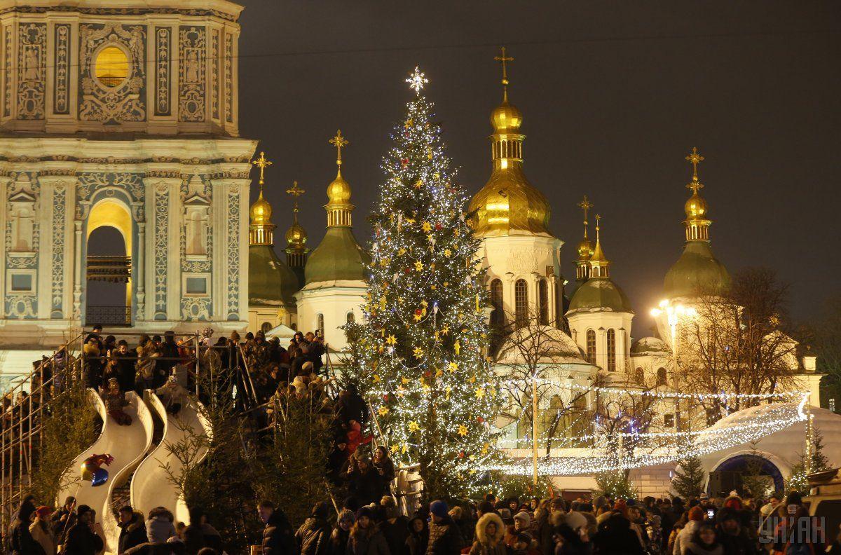 В Украине в новогоднюю ночь запланировано немало массовых мероприятий / УНИАН