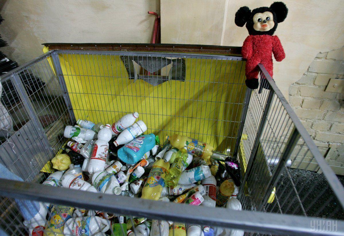 В Євросоюзі ухвалили стратегічний план з переробки пластику