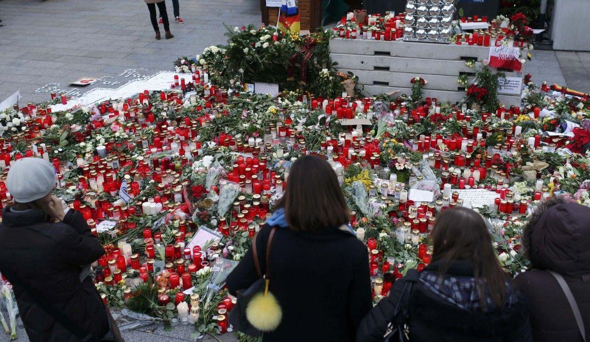 Место теракта в Берлине / REUTERS