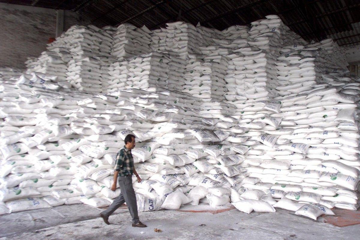 Українські цукрозаводи вже виробили 12 тисяч тонн цукру / REUTERS