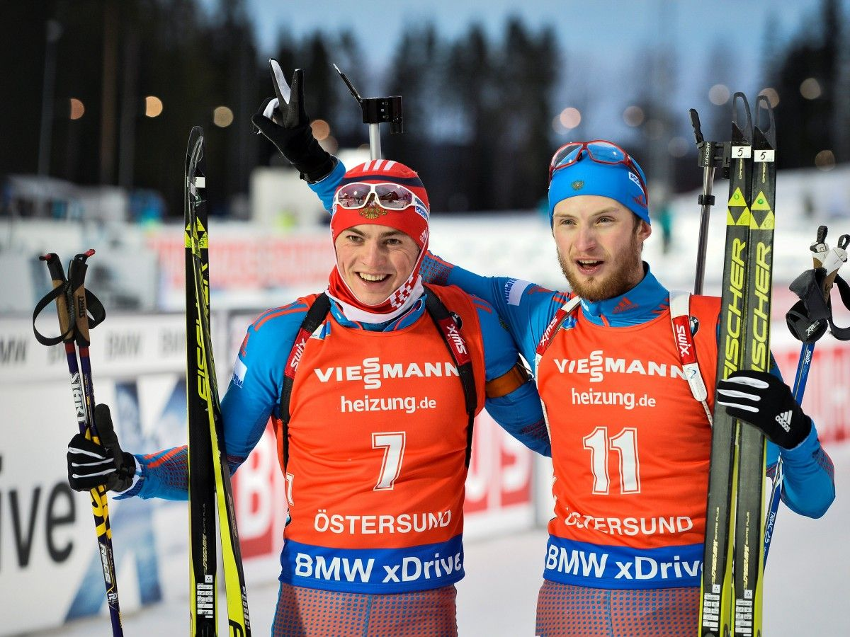 Российские биатлонисты Антон Бабиков и Максим Цветков / Reuters