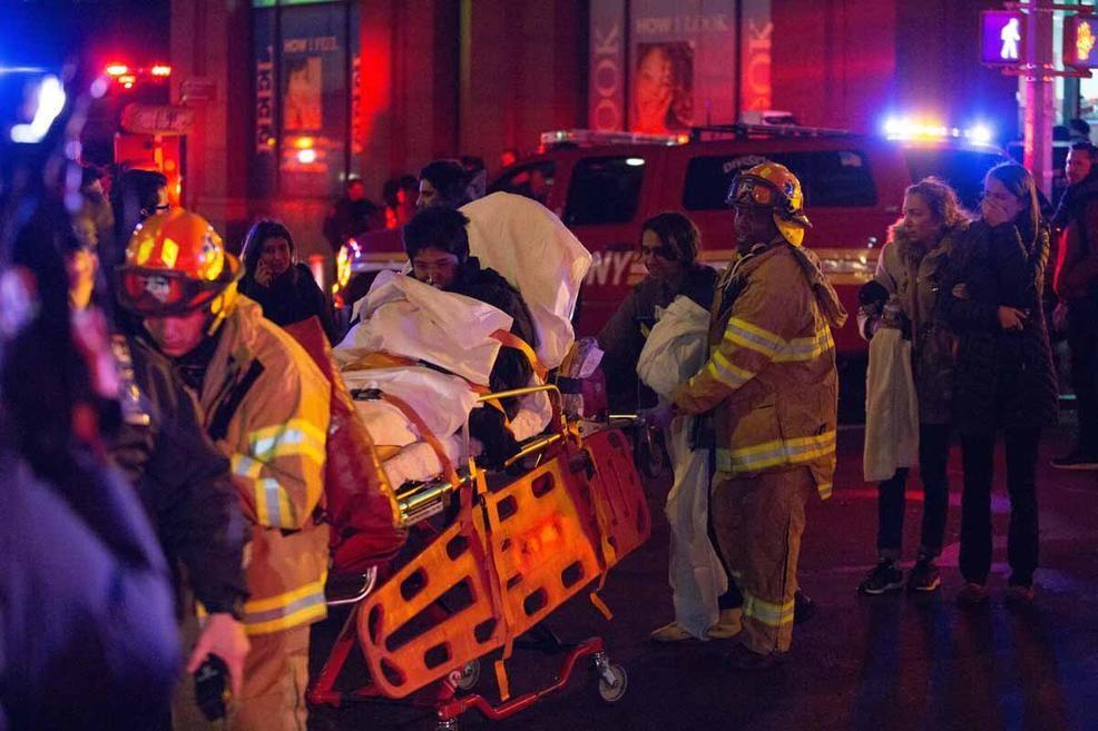 Также пострадали четверо пожарных / nbcnewyork.com
