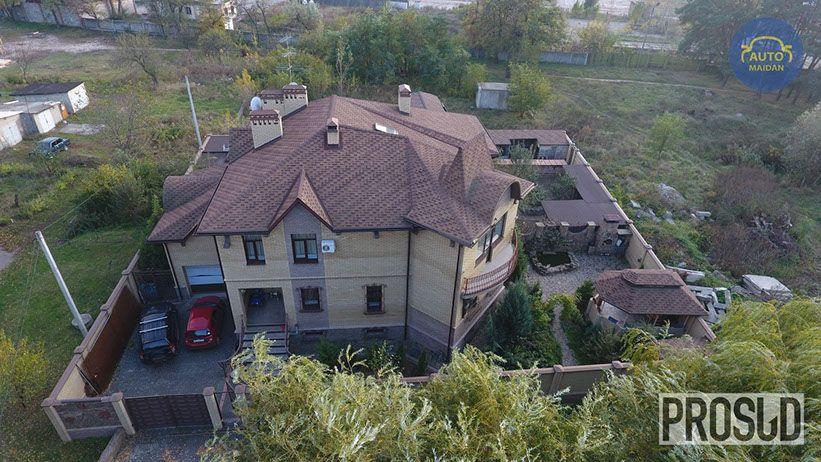 Половиною будинку володіє мати-пенсіонерка судді / blog.prosud.info