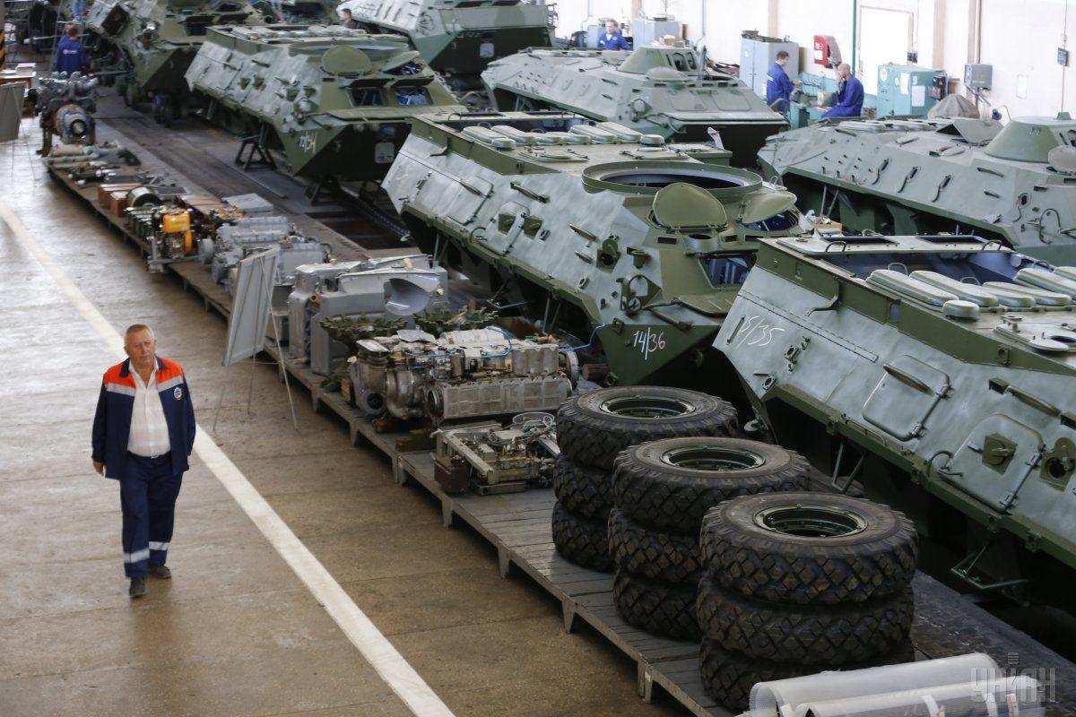 Нынешнего финансирования хватает только на ремонт советской техники / фото УНИАН