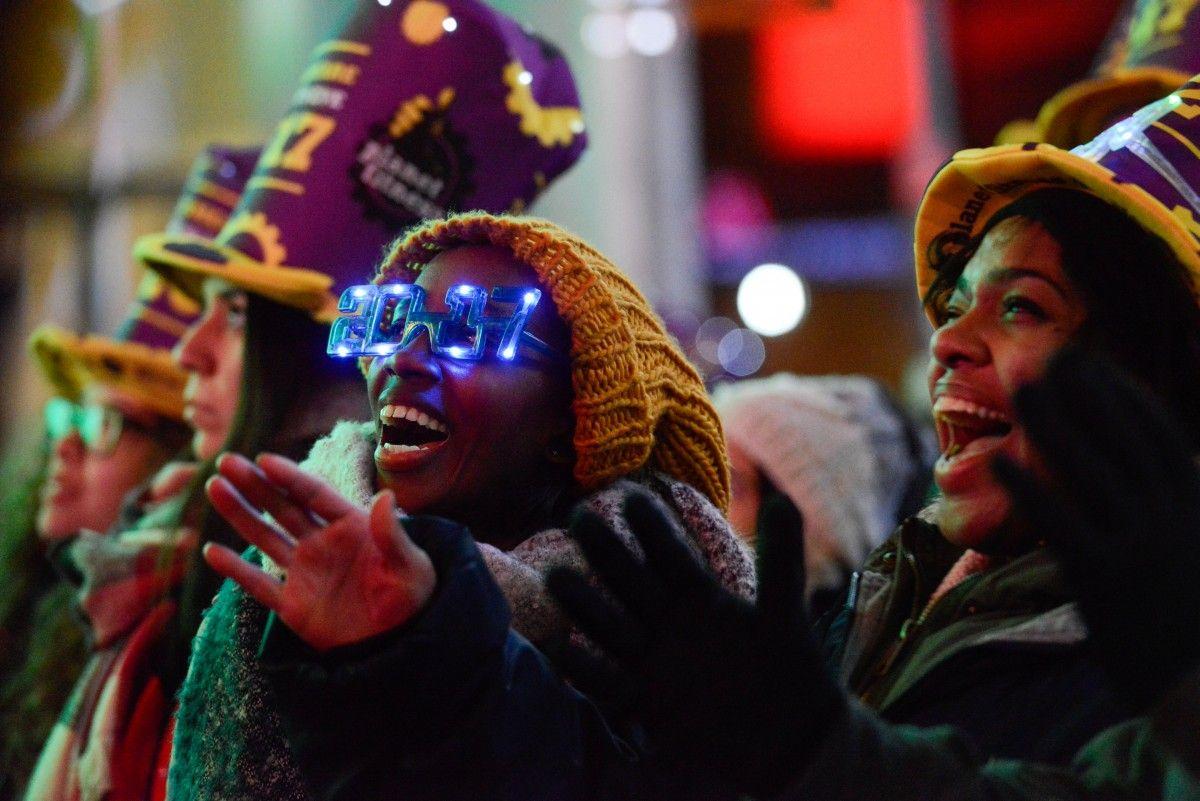 Новогодние празднования / REUTERS